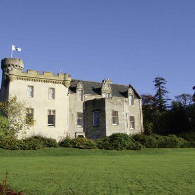 L'Écosse, de manoirs en châteaux
